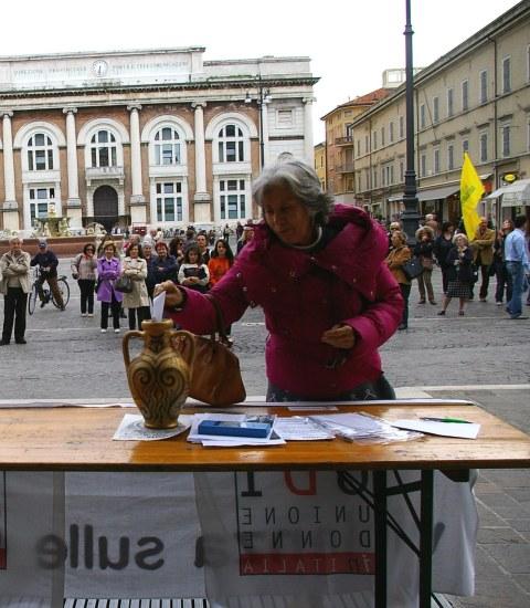 Pesaro Piazza 5